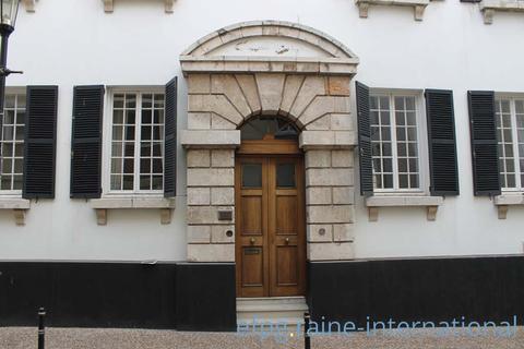 6 bedroom house  - Town Range, Town, Gibraltar, GX111AA, Gibraltar