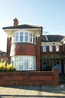 2 bedroom flat to rent - Stanley Avenue, Copnor