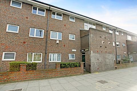 1 bedroom flat to rent - Mile End Road, E1