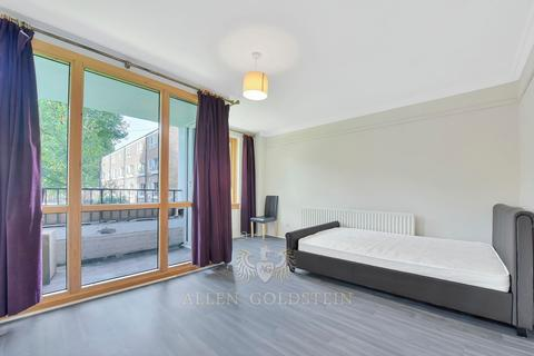 3 bedroom flat to rent - College Place NW1