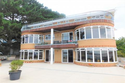 6 bedroom detached house for sale - Lake Drive, Poole, Dorset, BH15