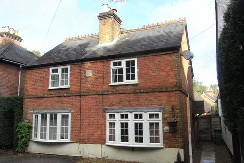 2 bedroom cottage to rent - London Road, Ascot SL5