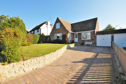 3 bedroom detached house for sale - Brockhill Road, Hythe, CT21