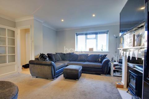 3 bedroom terraced house for sale - Chelmer Road, Braintree
