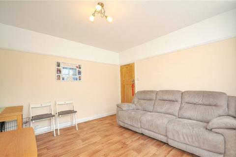 3 bedroom flat to rent - Ruislip Court, West End Road, Middlesex, HA4