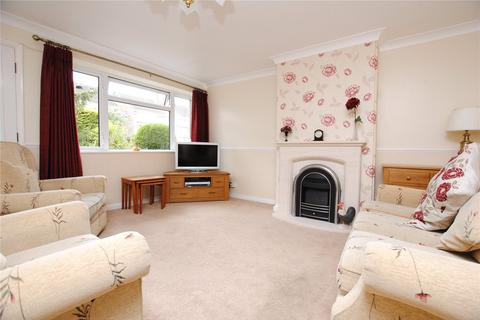 3 bedroom terraced house for sale - Hawfinch Walk, Chelmsford, Essex, CM2