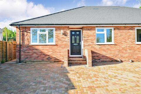 3 bedroom semi-detached bungalow for sale - Cliff Drive, Warden Bay, Sheerness, Kent