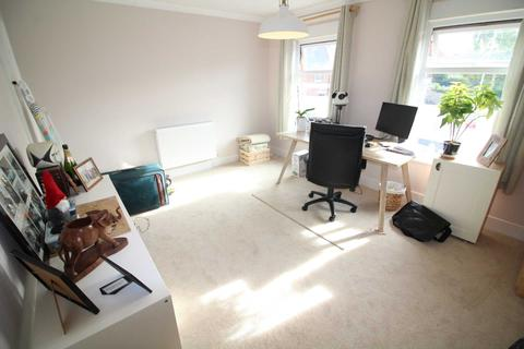 2 bedroom terraced house to rent - TWO BEDROOM AND TWO BATHROOM HOUSE, Great Knollys Street, Reading