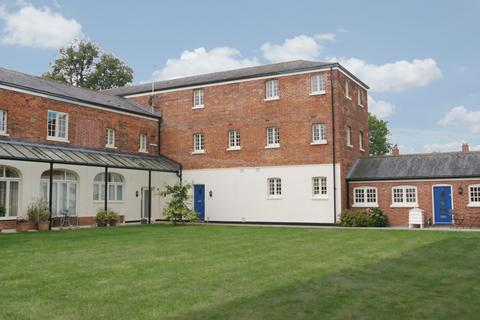2 bedroom penthouse to rent - Thame, Oxfordshire
