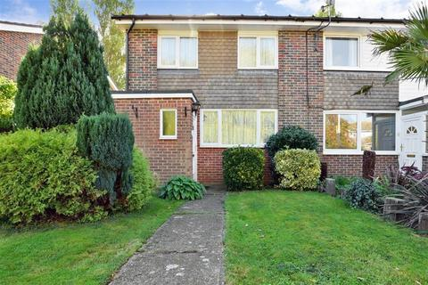 3 bedroom end of terrace house for sale - Herons Way, Hythe, Kent