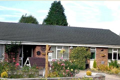 5 bedroom detached bungalow for sale - Black Horse Cottage, High Street Bean, Bean, Kent