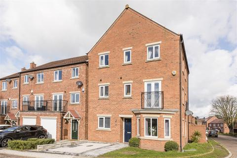 5 bedroom detached house for sale - Marshall Crescent, Wordsley, DY8 5TA