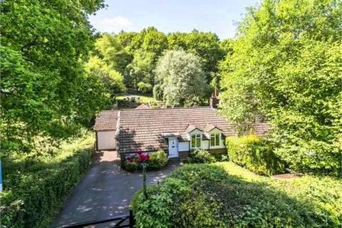 3 bedroom semi-detached bungalow for sale - Grove Cottage, Shelleys Lane,, Knockholt, Kent