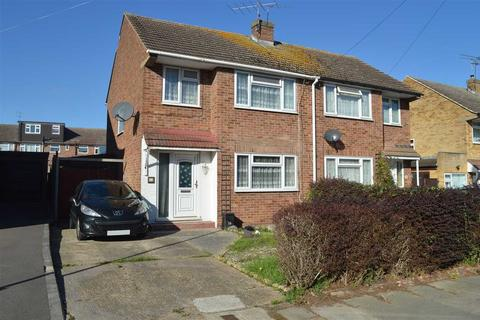 3 bedroom semi-detached house for sale - Crossways, Chelmsford