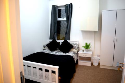 4 bedroom house share to rent - Minto Street, Ashton Under Lyne,