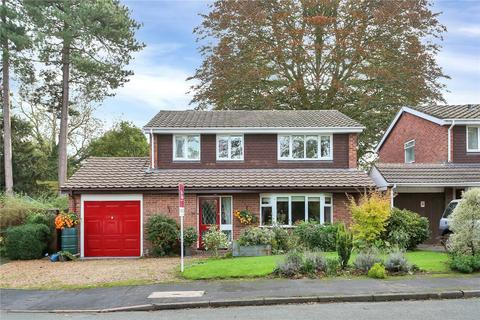 3 bedroom detached house for sale - 32 Pinewoods, Church Aston, Newport, Shropshire, TF10