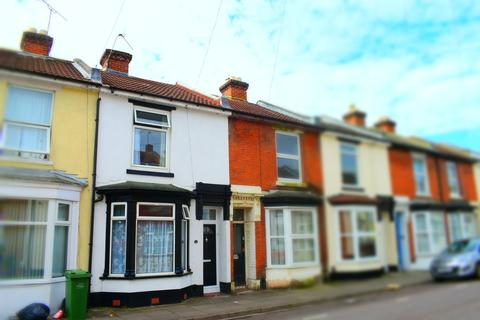 1 bedroom in a house share to rent - Telephone Road, Southsea
