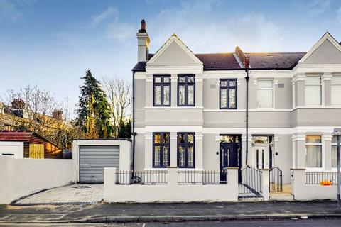 4 bedroom semi-detached house for sale - Norfolk Road