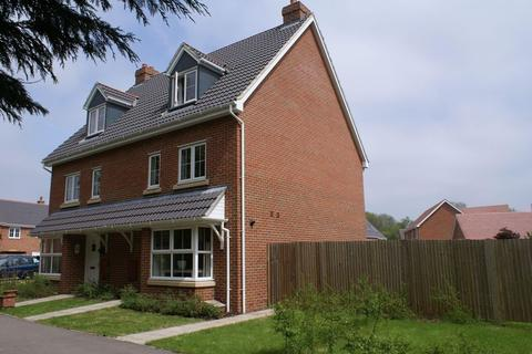 4 bedroom townhouse to rent - Four Marks