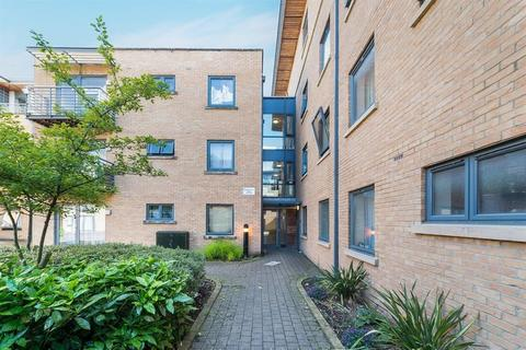 1 bedroom flat for sale - Empress Court, Woodins Way