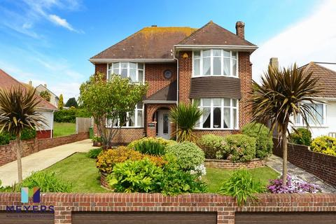 4 bedroom detached house for sale - Lynch Road, Weymouth, DT4