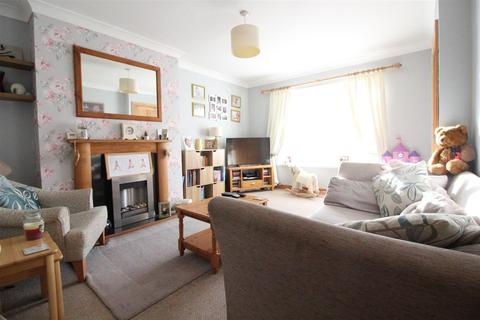 3 bedroom terraced house for sale - Saltash Road, Hull