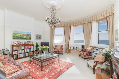 4 bedroom flat for sale - Courtenay Terrace, Hove