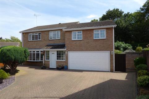 5 bedroom detached house for sale - Royle Close, Orton Longueville, Peterborough