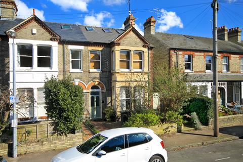 5 bedroom end of terrace house to rent - Kimberley Road, Cambridge