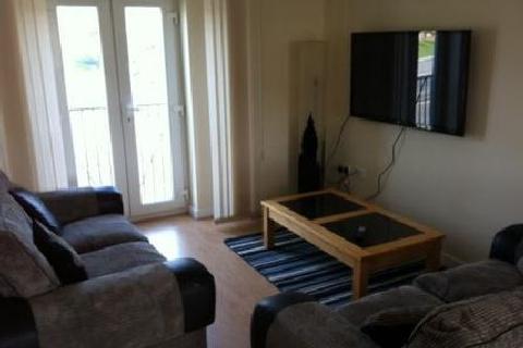 2 bedroom house share to rent - Baronet House,, Birmingham, West Midlands, B15