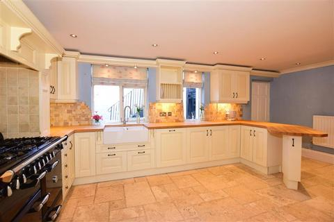 5 bedroom townhouse for sale - Maidstone Road, Rochester, Kent