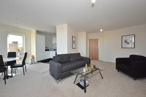 3 bedroom apartment to rent - The Point, Gants Hill