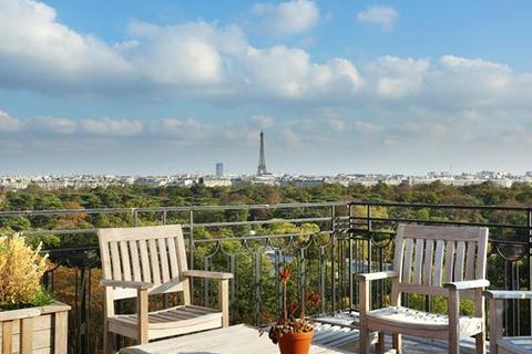 3 bedroom penthouse  - Square Du Capitaine Claude Barres, Paris, Ile-De-France