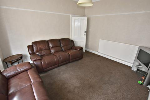 5 bedroom semi-detached house to rent - Burford Road, Forest Fields