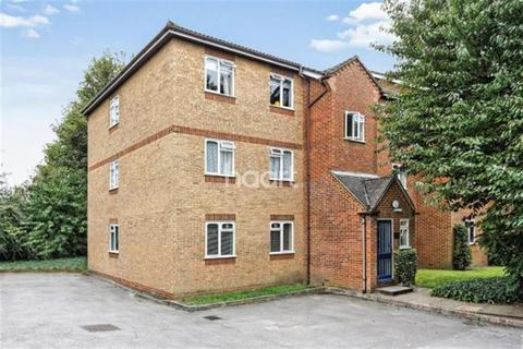 2 bedroom flat to rent - Corfe Place, Maidenhead