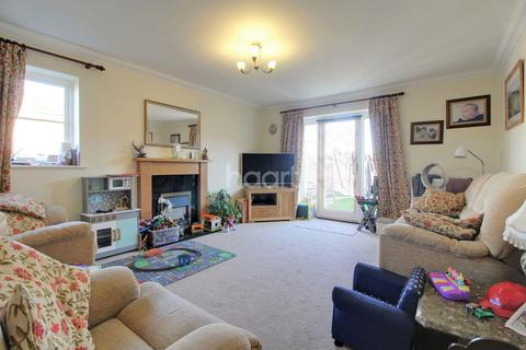 4 bedroom detached house for sale - Culloden Avenue, NR5