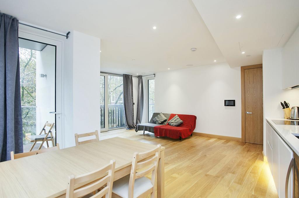 3 Bedrooms Flat for sale in The Courthouse, Westminster, SW1P