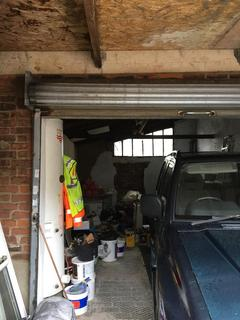 Garage to rent - Toronto Avenue, Manor Park, London E12