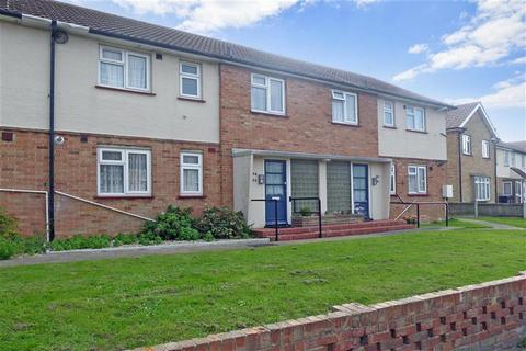 1 bedroom ground floor flat for sale - Charing Crescent, Westgate-On-Sea, Kent