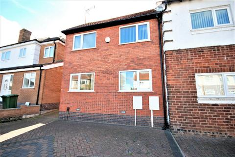 4 bedroom semi-detached house to rent - Southlea Avenue, Leamington Spa, CV31