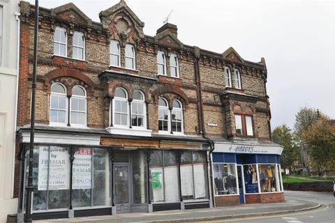 Property to rent - High Street, Halstead, Essex