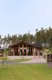 2 bedroom lodge for sale - ** STUNNING LOCATION ** Forresters Lodge at The Pines, Runswick