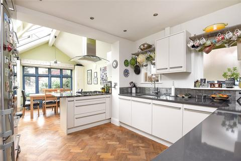 5 bedroom detached house to rent - Sandfield Road, Headington, OX3