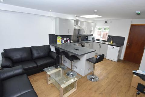 6 bedroom terraced house to rent - Heeley Road, Selly Oak