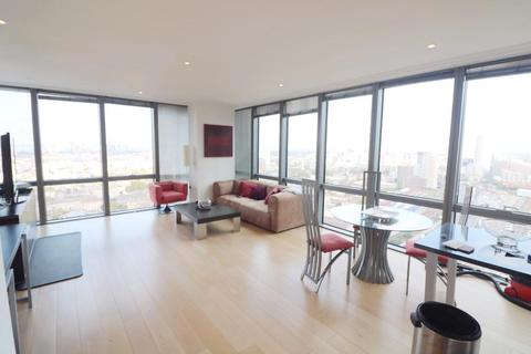 1 bedroom flat to rent - West india Quay, Canary Wharf, London, E14 4EG