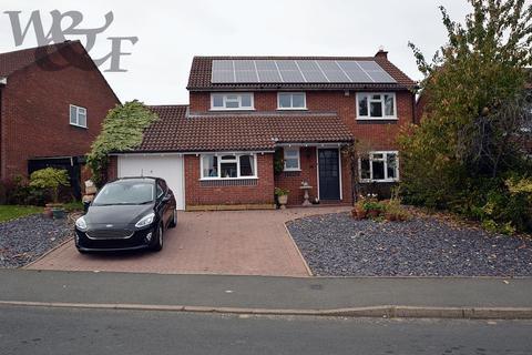 4 bedroom detached house for sale - Fourlands Avenue, Sutton Coldfield