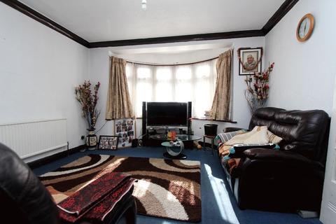 4 bedroom semi-detached house to rent - Billet Road, Walthamstow E17