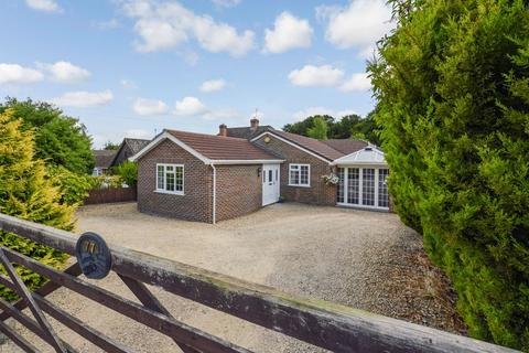 5 bedroom bungalow for sale - Firs Road, Firsdown