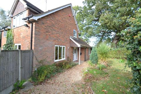 4 bedroom detached house to rent - Toolgate Road, North Mymms Park