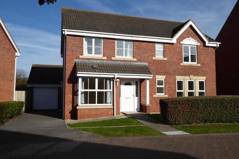 5 bedroom detached house to rent - MOYLE PARK, HILPERTON, TROWBRIDGE
